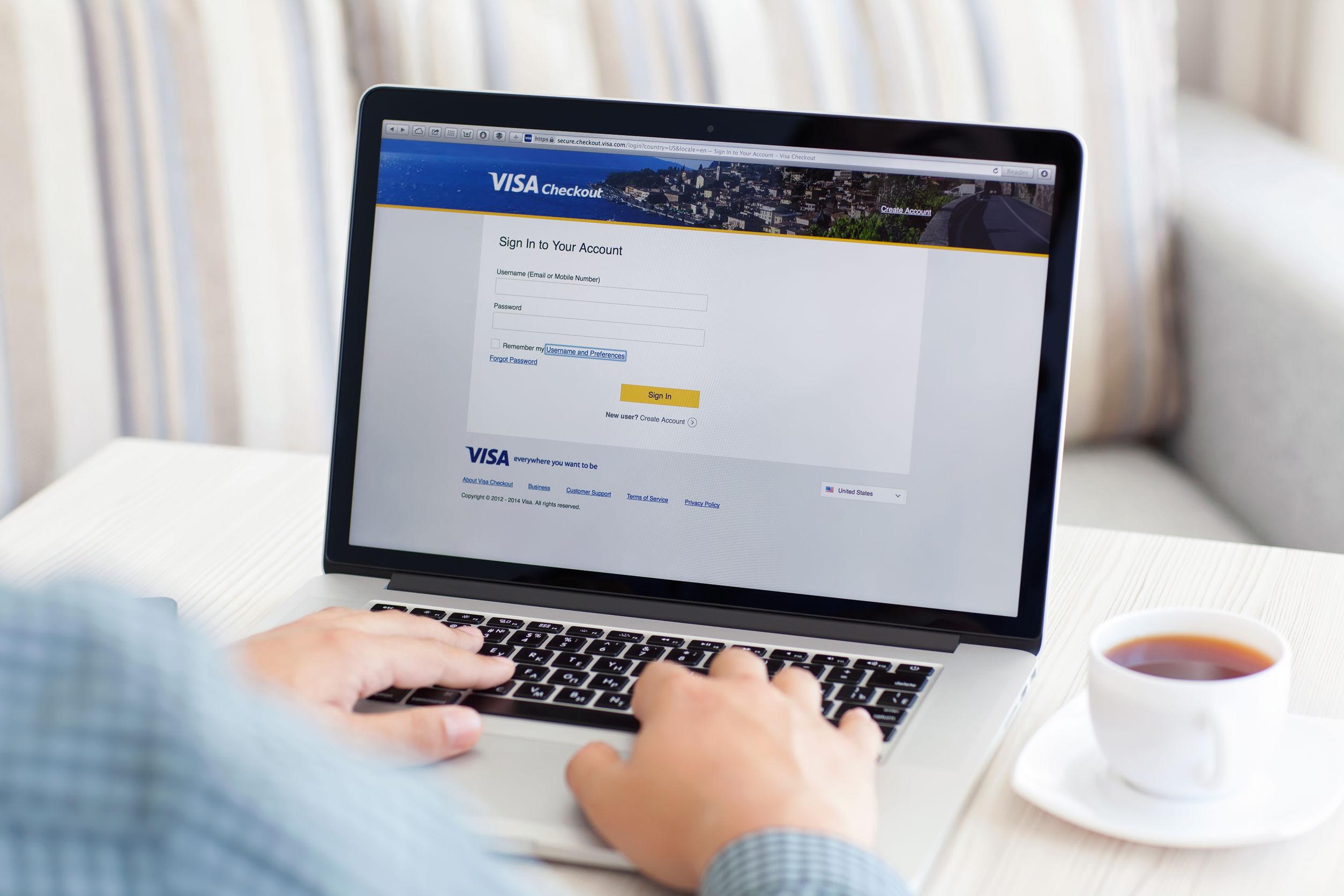 Acheter des stimulants sexuels en ligne : payer à la livraison ou par prélèvement SEPA ?